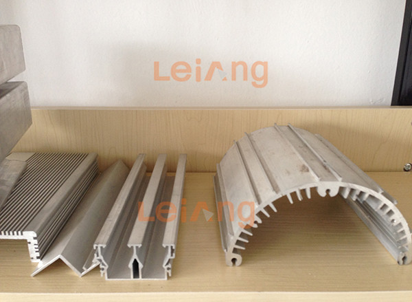http://www.leiang.com.cn/data/images/product/20170803111328_101.jpg
